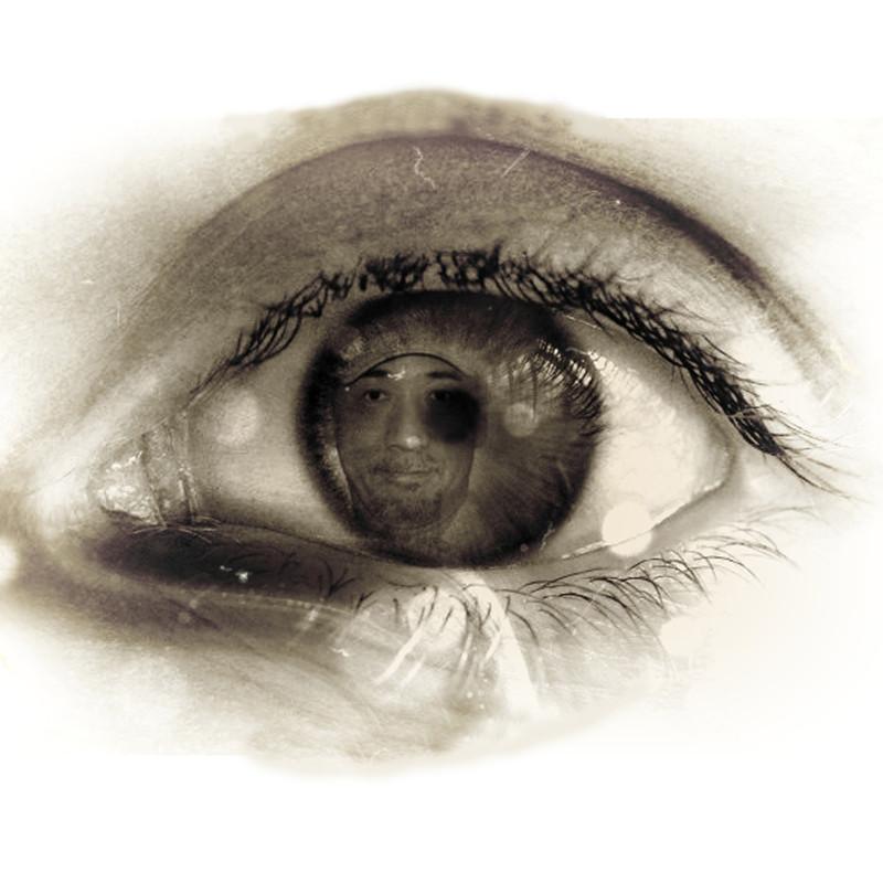 あなたの瞳に映る人は…。