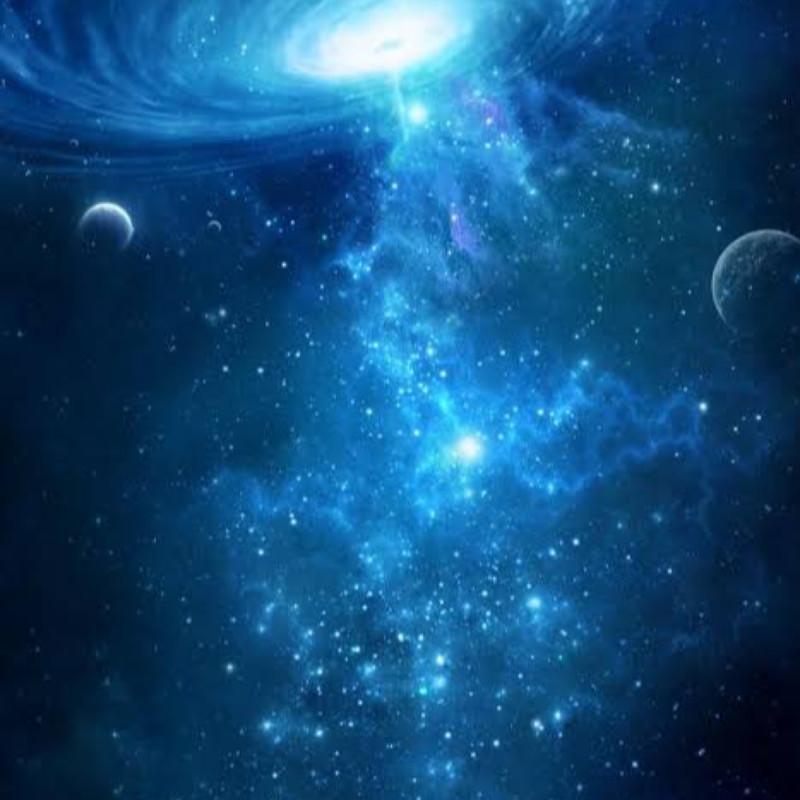 宇宙は空に