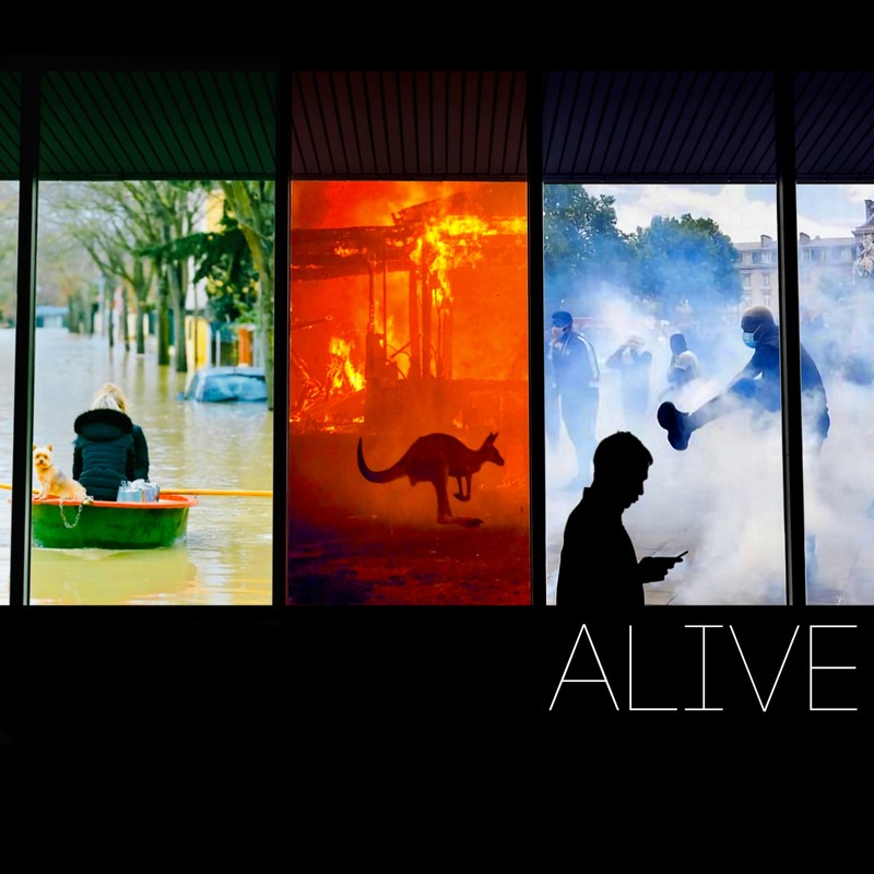 ALIVE (feat. STEVIE)