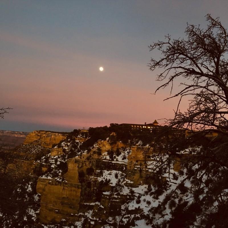 Seek the Astral Moon (HQmix)