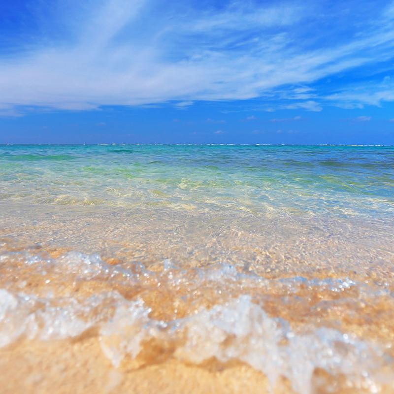 聞き疲れしにくい 砂浜の波音 (立体音響)