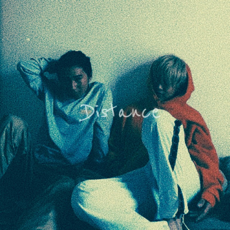 Distance (feat. ren)