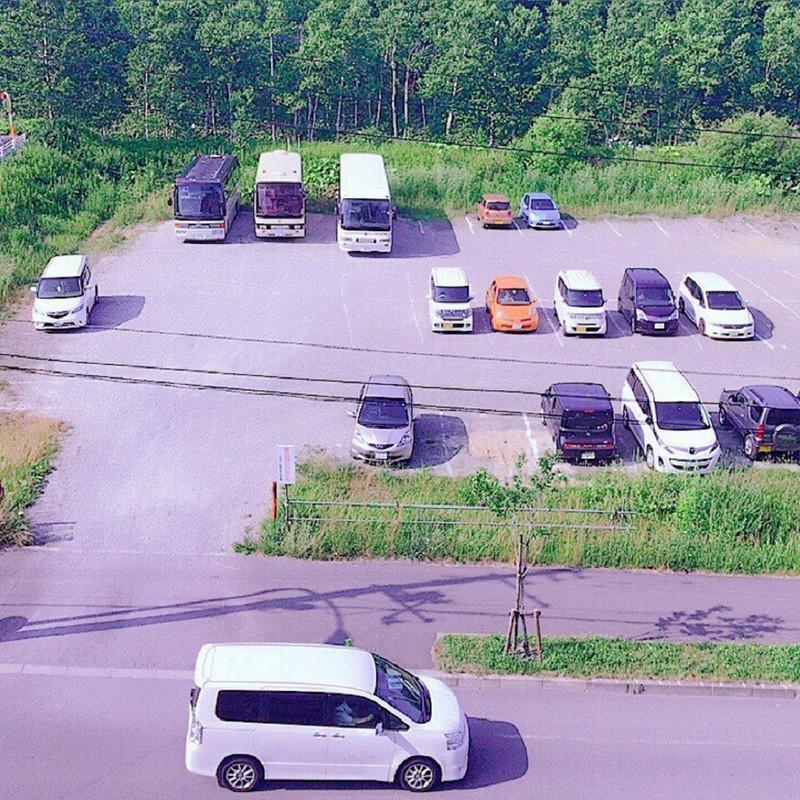 四角い駐車場